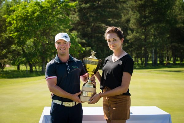 Estonian Amateur Open 2018 winners Rasmus Karlsson and Ekaterina Malakhova